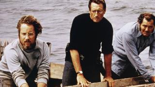 Richard Dreyfuss, Roy Scheider and Robert Shaw hunt for Jaws